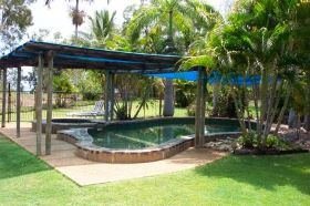 Balgal Beach Holiday Units - Broome Tourism