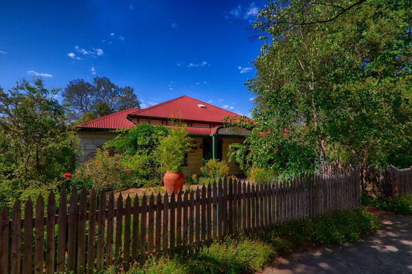 Rushton Cottage Bed and Breakfast - Broome Tourism