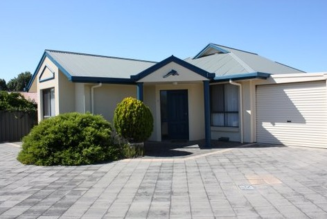 Robe Dolphin Court Apartments - Broome Tourism