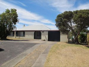 Carthew Street Holiday Home - Broome Tourism