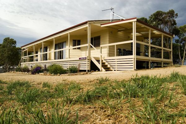 Allusion Cottages - Broome Tourism