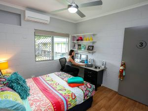 Cairns Student Lodge - Broome Tourism