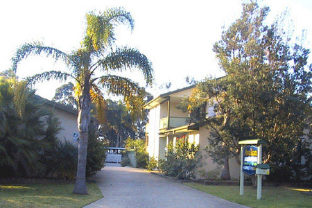 Avalon Holiday Units - Broome Tourism