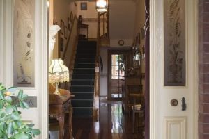 A Magnolia Manor Luxury Accommodation - Broome Tourism