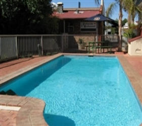 Old Willyama Motor Inn - Broome Tourism