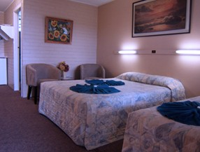 Whitsunday Palms Motel - Broome Tourism