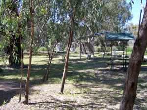 Coach and Horses campground - Broome Tourism