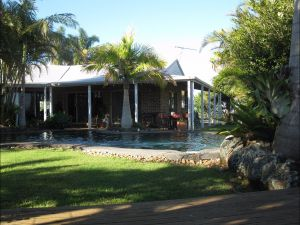 Twin Figs Country Retreat - Broome Tourism