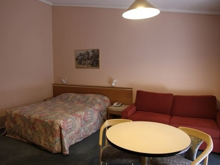 Bay Hotel Motel - Broome Tourism