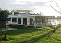 Cloud 9 Houseboats