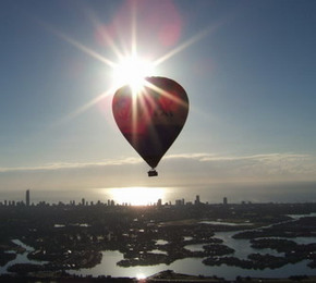 Balloon Down Under - Broome Tourism