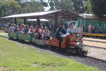Altona Miniture Railway - Broome Tourism