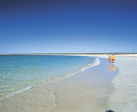 Gnaraloo - Broome Tourism