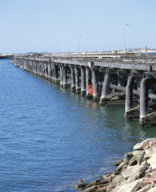 Old Timber Jetty - Broome Tourism