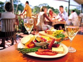 Eldredge Vineyards And Restaurant - Broome Tourism