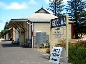 Goolwa Community Arts And Crafts Shop - Broome Tourism