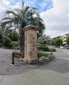 Newstead Park Memorials - Broome Tourism