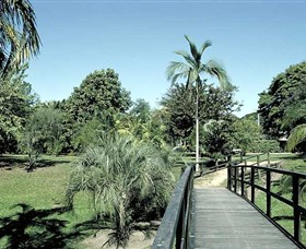 Ingham Memorial Gardens - Broome Tourism