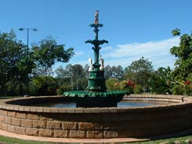 Band Rotunda and Fairy Fountain - Broome Tourism