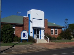 Crows Nest Regional Art Gallery