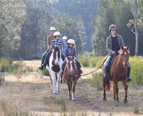 Horse Riding at Oaks Ranch and Country Club - Broome Tourism