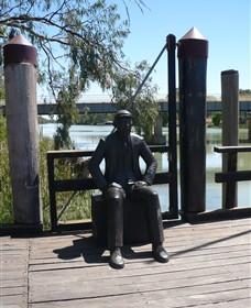 Captain John Egge Statue - Broome Tourism