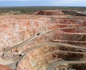 Fort Bourke Hill Lookout and Open Cut Mine - Broome Tourism