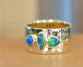 Lost Sea Opals - Broome Tourism