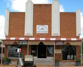 Dunedoo Art and Crafts