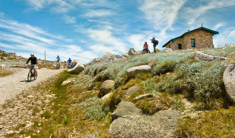 Mount Kosciuszko Summit walk - Broome Tourism