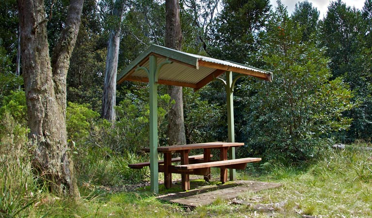 Devils Hole lookout walk and picnic area - Broome Tourism