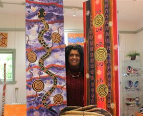 Apma Creations Aboriginal Art Gallery and Gift shop