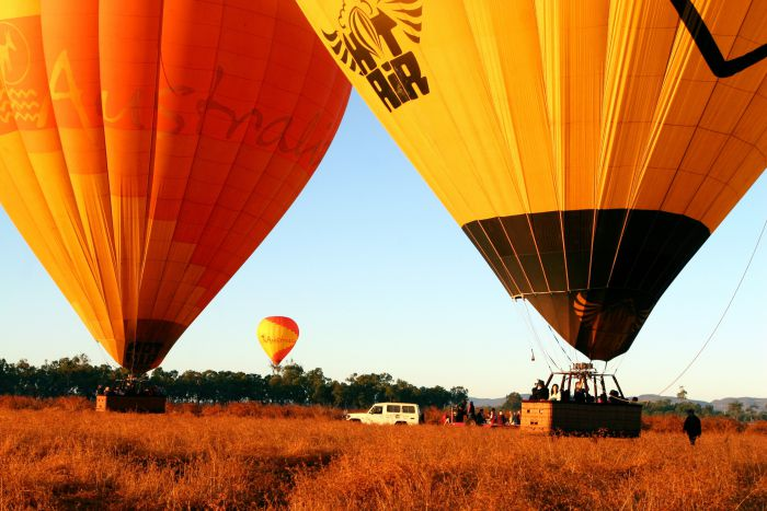 Hot Air Balloon Scenic Rim - Broome Tourism