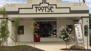 Tootsie Fine Art and Design - Broome Tourism