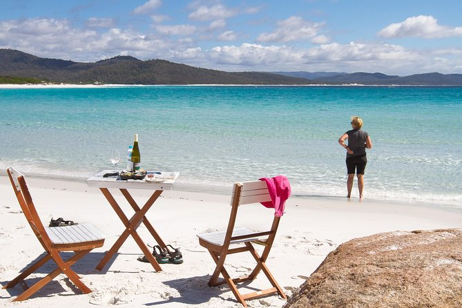 4x4 and Lunch Full Day Freycinet and Wineglass Bay - Broome Tourism