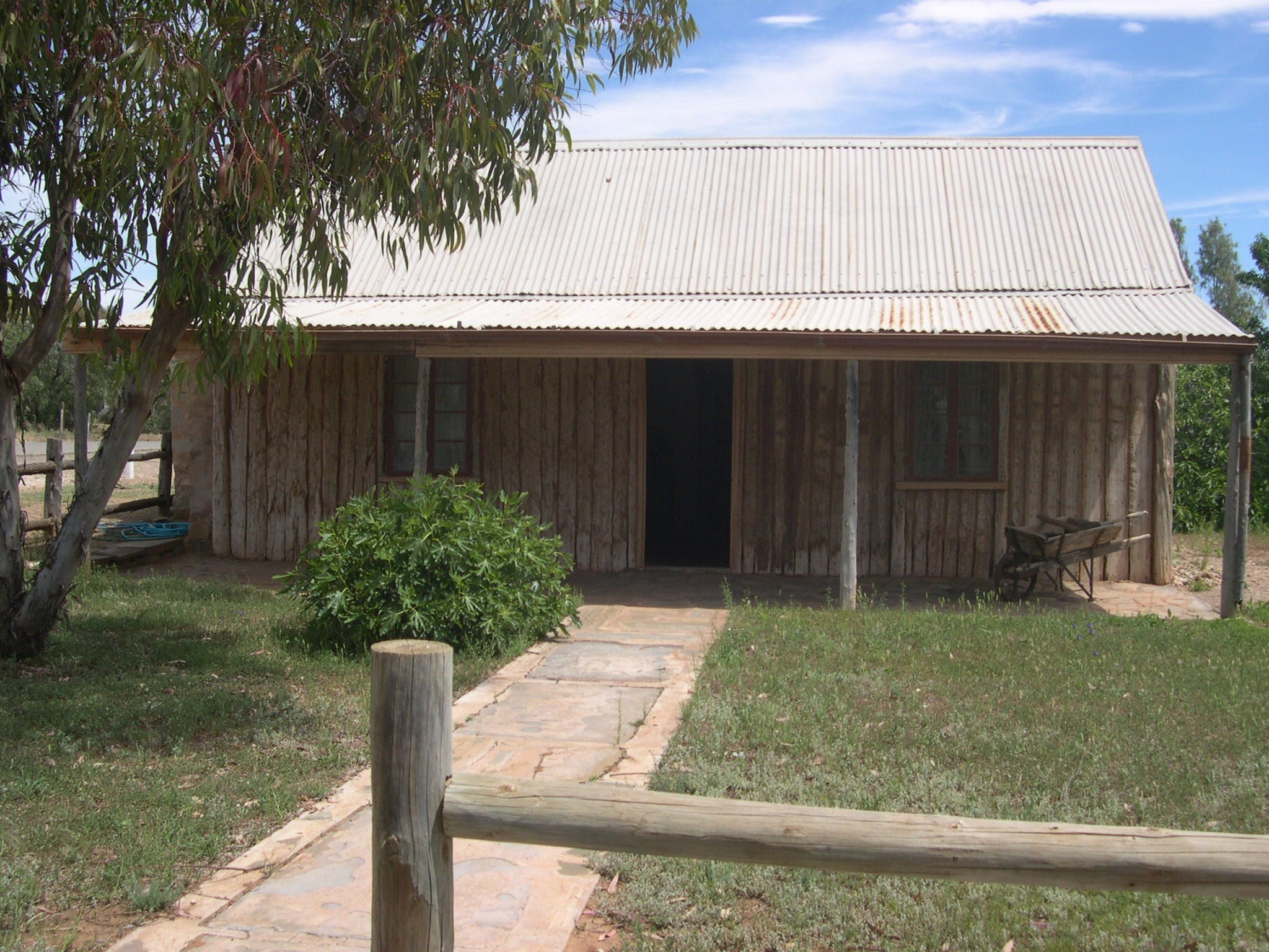 Early Settlers Cottage Solly's Hut - Broome Tourism