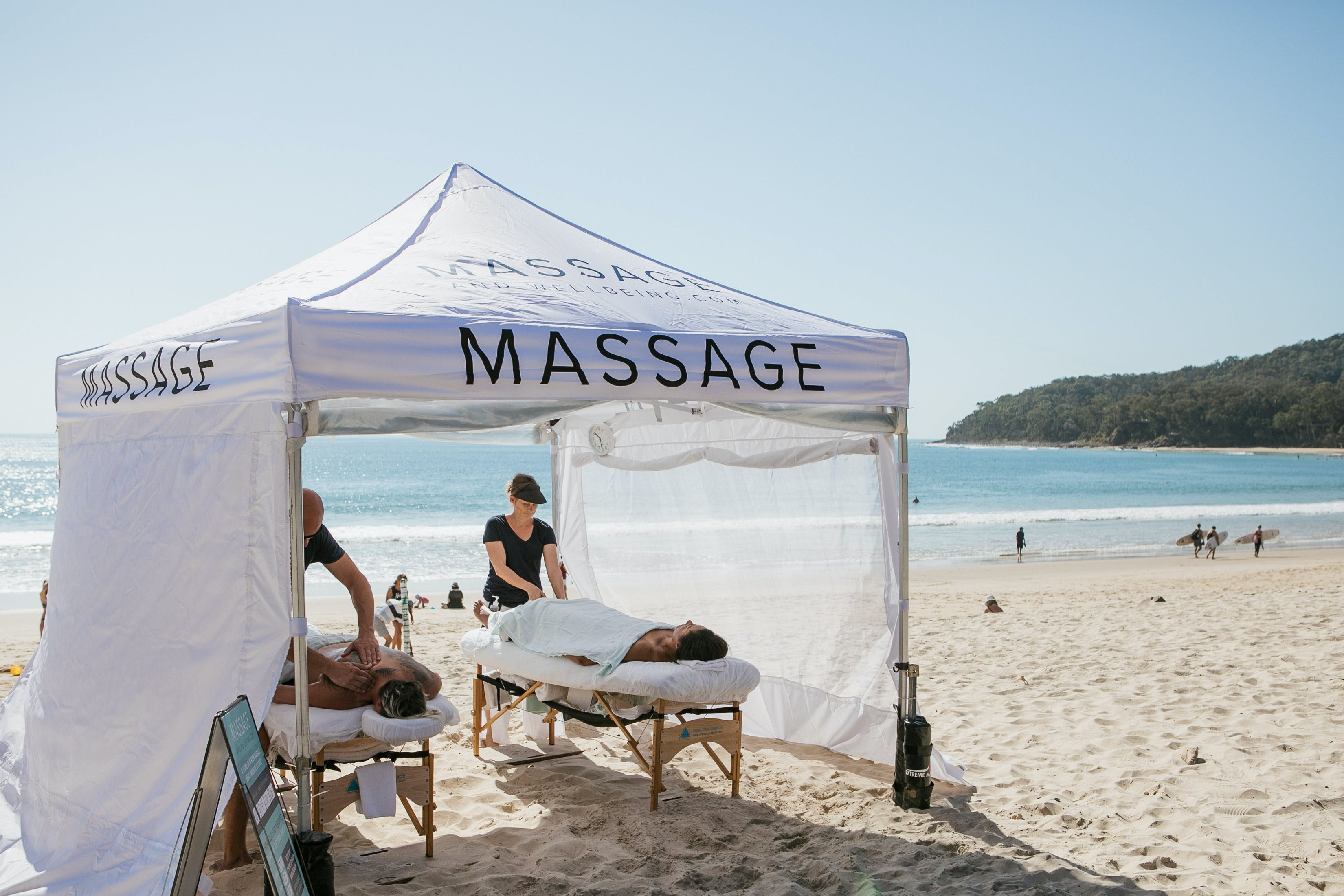 Noosa Beach Massage - Broome Tourism