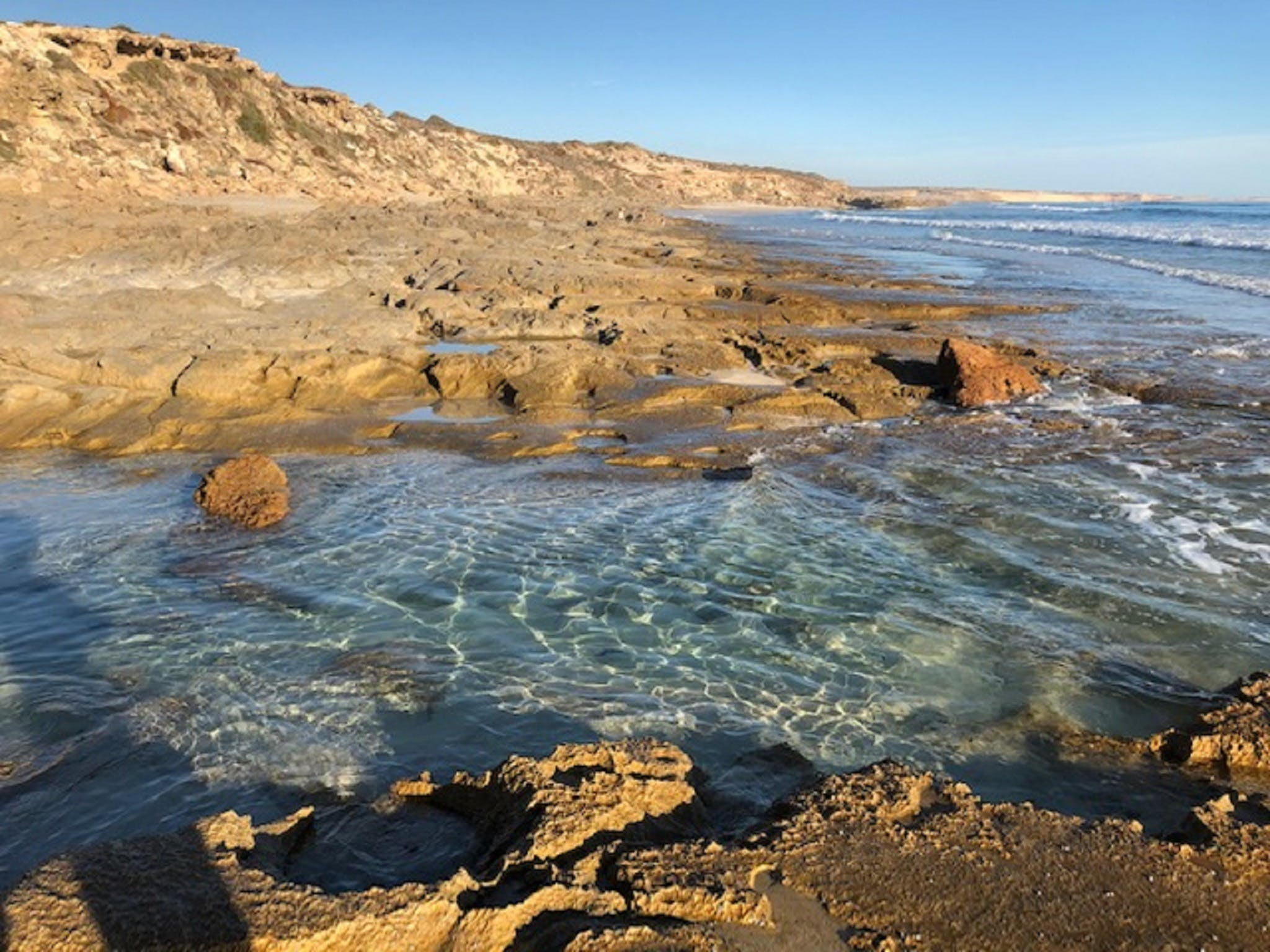 Streaky Bay - Back Beach - Broome Tourism
