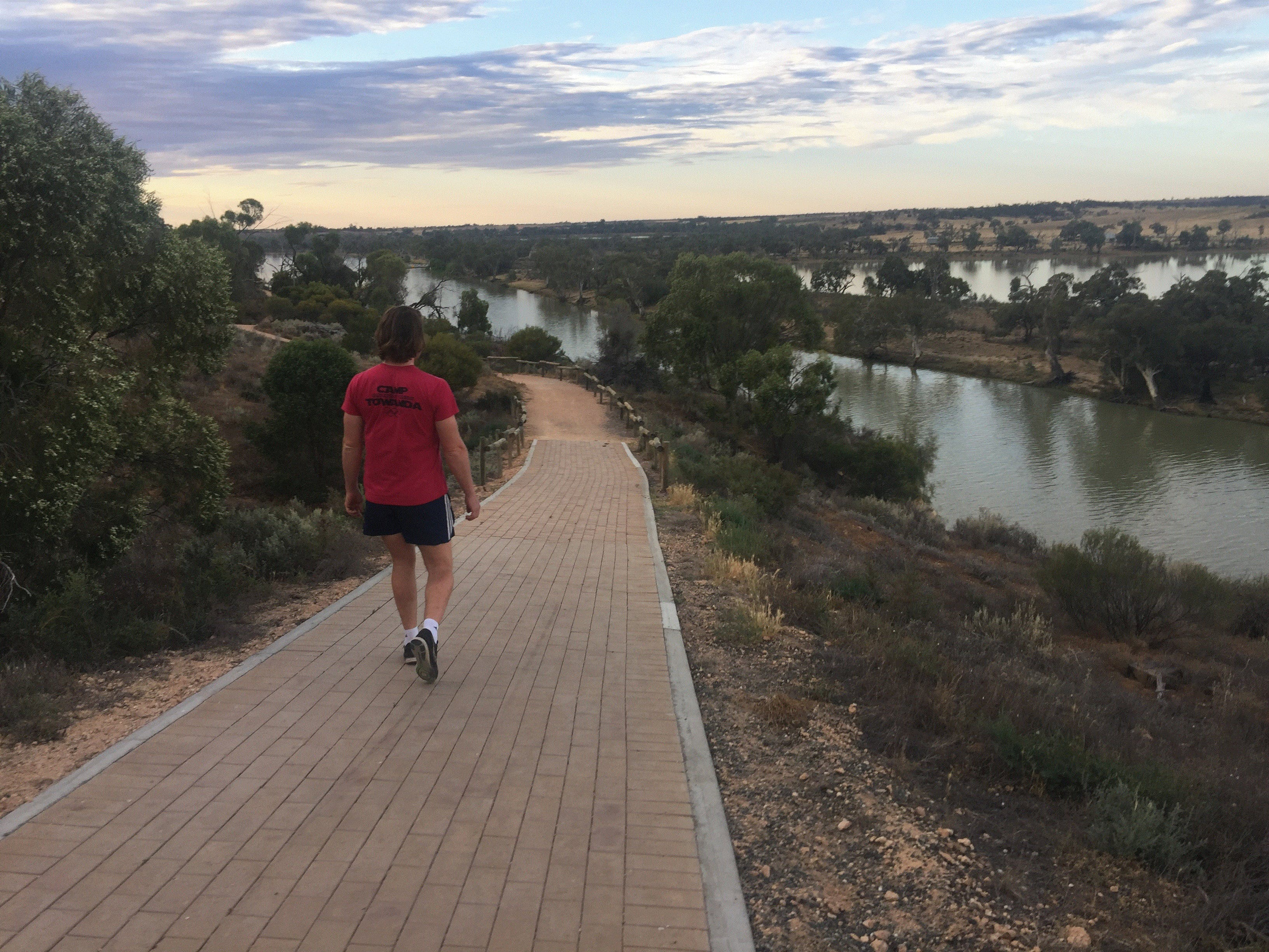 Waikerie Rotary Cliff Top Walk - Broome Tourism