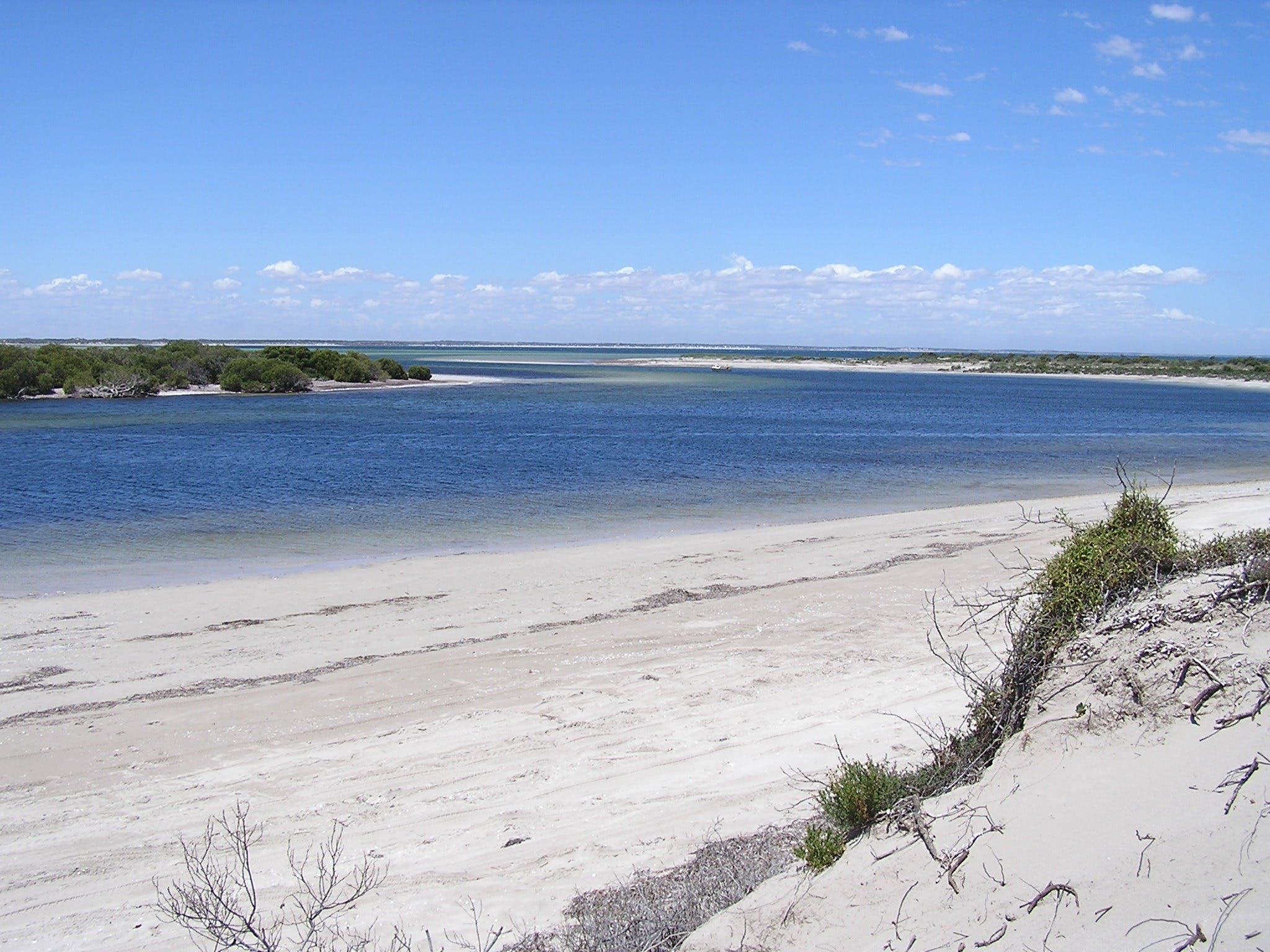 Acraman Creek Conservation Park - Broome Tourism