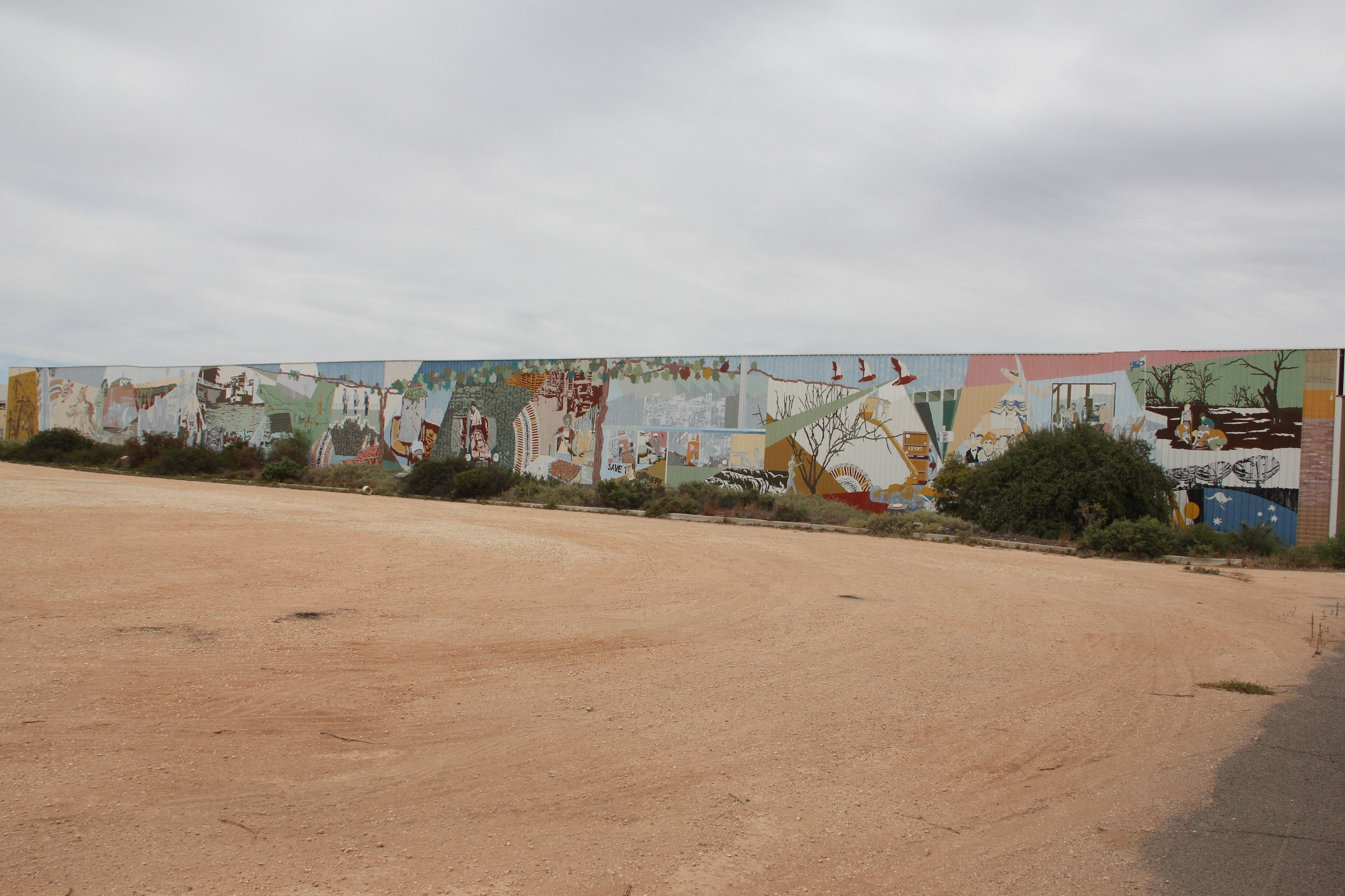 Berri Community Mural - Broome Tourism