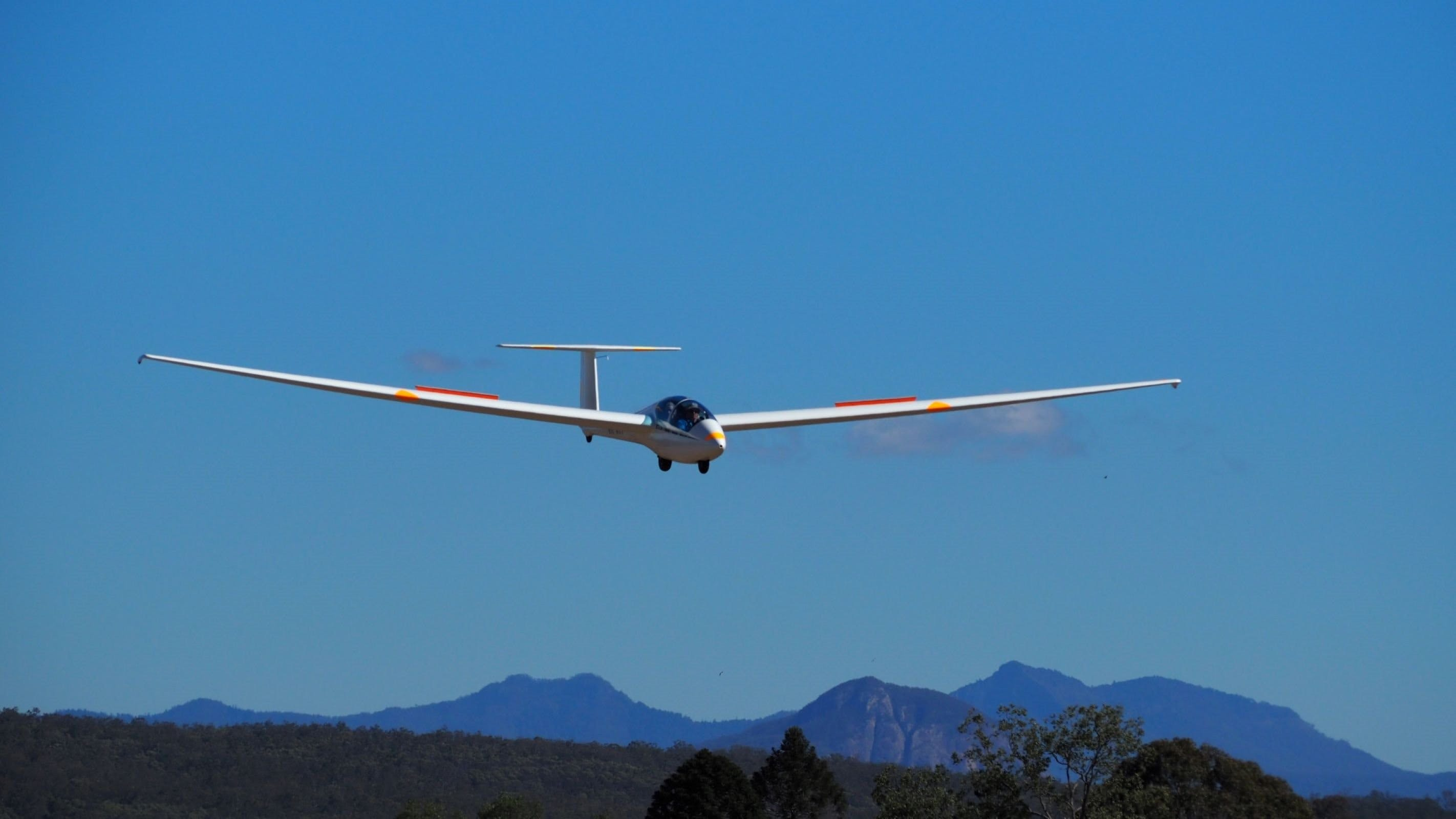Boonah Gliding Club - Broome Tourism