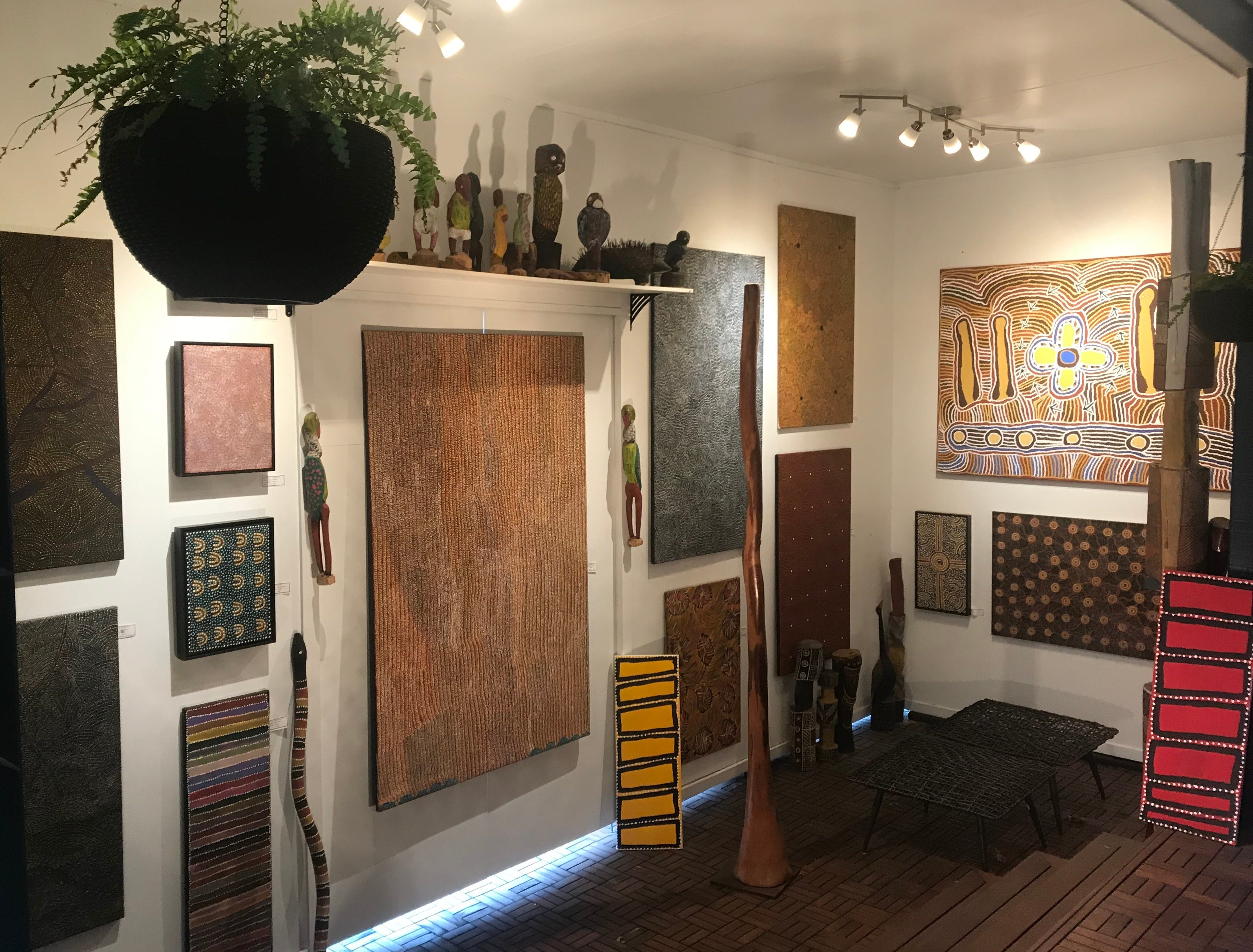 Red Sand Aboriginal Art Gallery - Broome Tourism