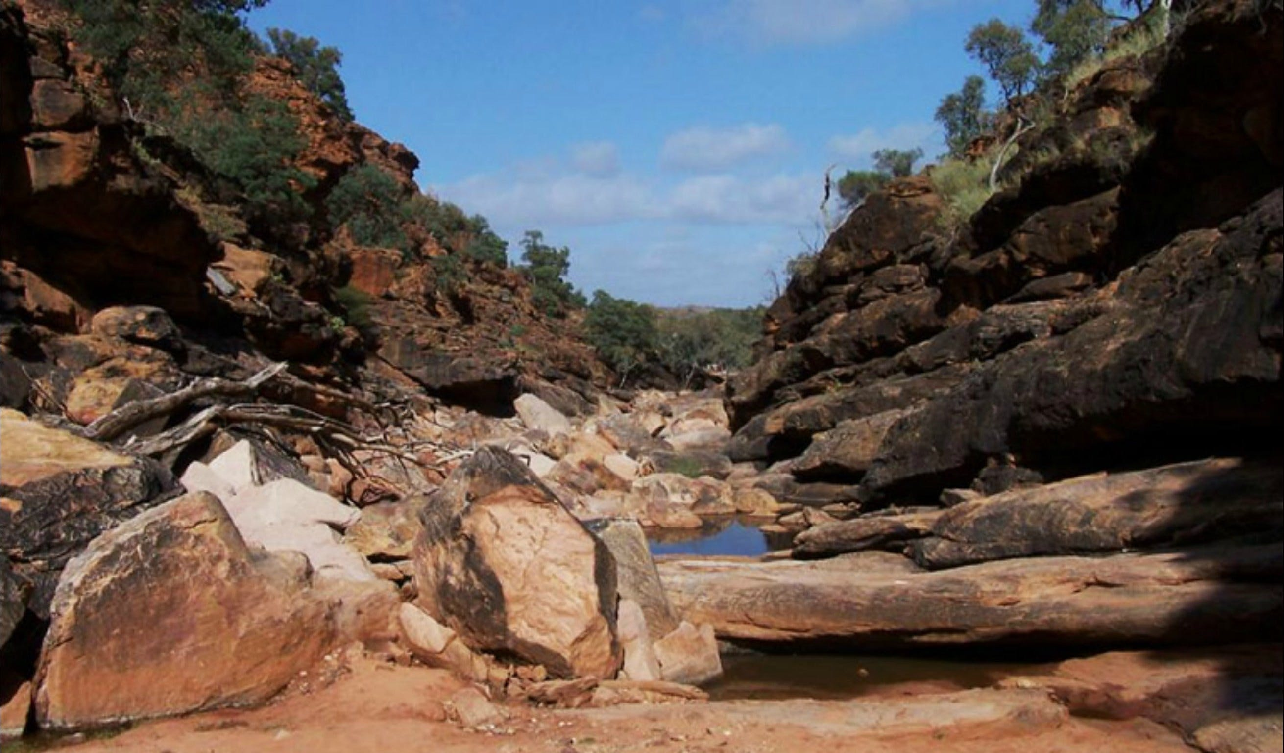 Homestead Gorge trail - Broome Tourism