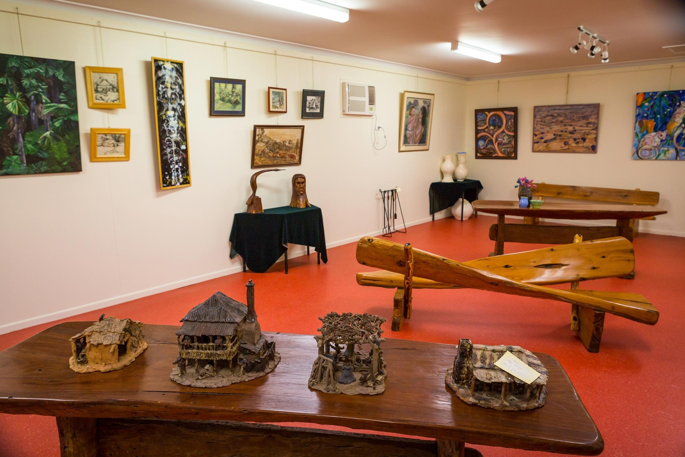 Jane Neville Rolfe Art Gallery - Broome Tourism