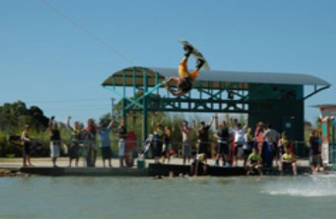 Cable Ski Cairns - Broome Tourism
