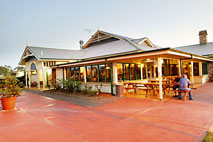 Potters Hotel and Brewery - Broome Tourism