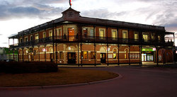 The Grand Terminus Hotel - Broome Tourism