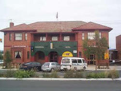 Commercial Hotel Hayfield - Broome Tourism