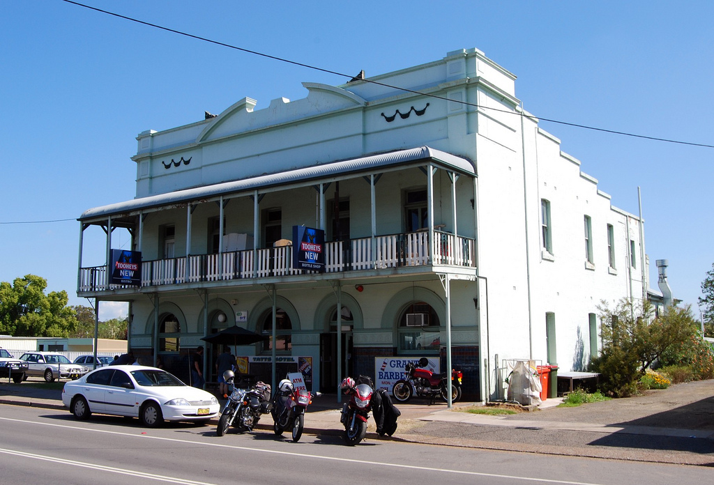 Tattersalls Hotel - Broome Tourism
